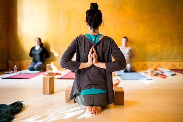 facebook yoga shanti