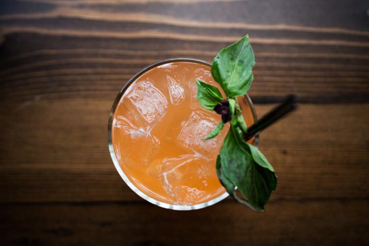 queen bee cocktail classic