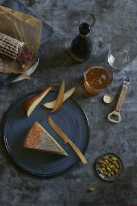 lauren_volo_booze_cheese